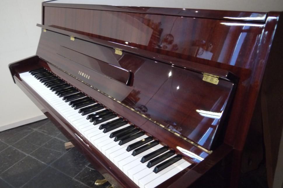 Yamaha Mod. M5J